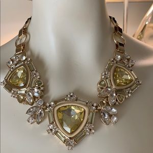 Jewelry - Designer Large necklace with decorative ribbon